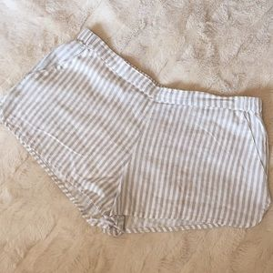 🆕 Urban Outfitters BDG Sz S linen striped shorts